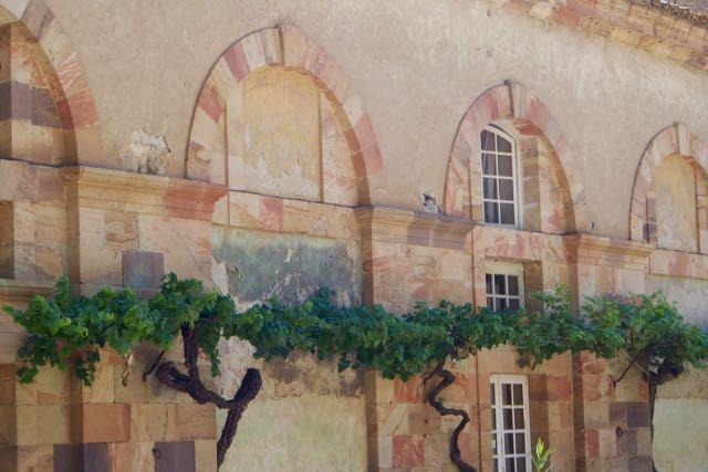 Abbaye Wall.