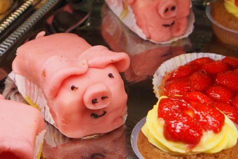 Piggy pastry.